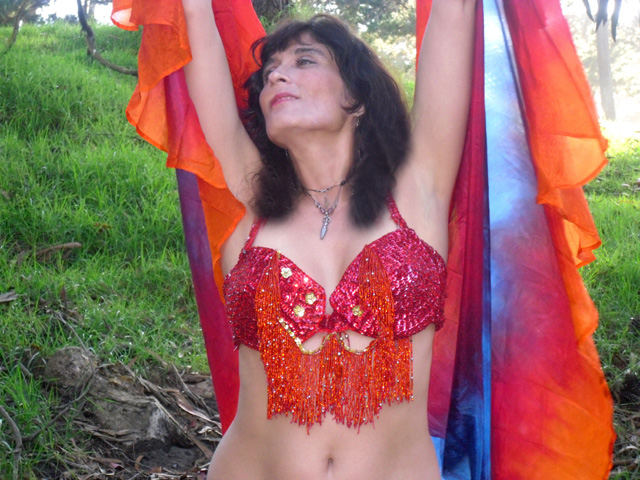 Sacramento Belly Dance Teacher/Performer, Daleela