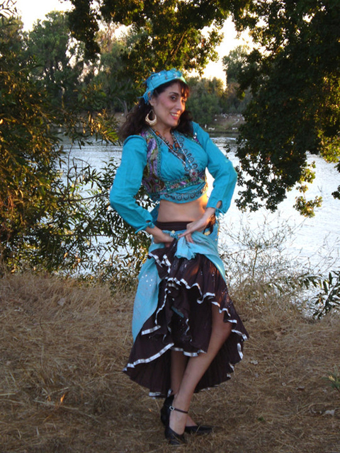 Romanian Gypsy Dance with Daleela